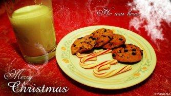 Santa eats cookie